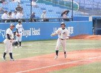 6月16日 上武大学 対 亜細亜大学 上武大 清水選手(甲府工)満塁本塁打 歓喜
